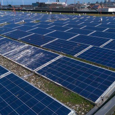 zonnepanelen tijdens werkzaamheden 2